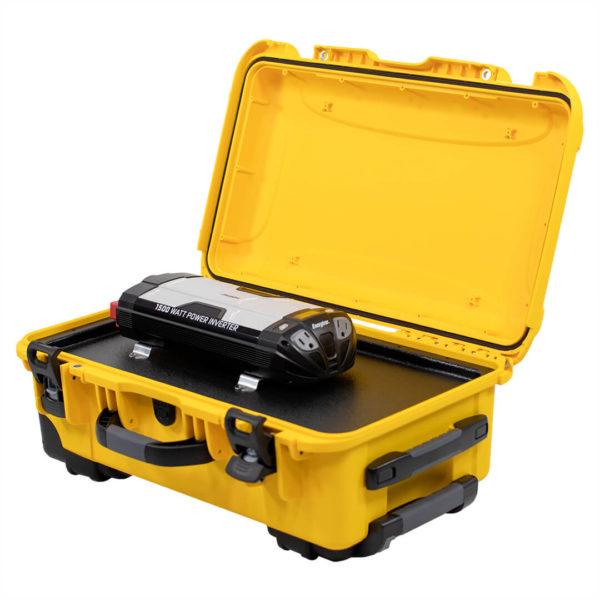 big genny emergency power kit open case view simpliphi power BG 1200 12 EK