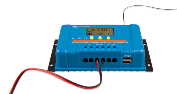1594041408 upload documents 775 500 BlueSolar Charge Controller DuO LCD USB 12 24V 20A front display